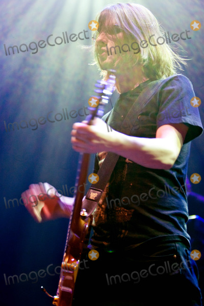 Photo - Porcupine Tree Performing Live