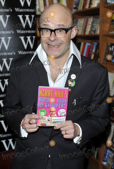 Photo - Harry Hill Bumper Book of Bloopers Signing