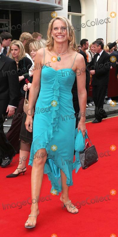 Anna Walker Photo - London Anna Walker at the British Academy of Film and Television (BAFTA) TV Awards 2005 held at the Theatre Royal Drury Lane17 April 2005Jenny RobertsLandmark Media