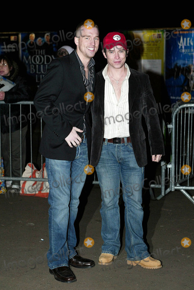 Andy Cowles Photo - London Stephen Gately and boyfriend Andy Cowles arrives at the return of the Cirque du Soleil Alegria at the Royal Albert Hall05 January 2006Steve BakerLandmark Media
