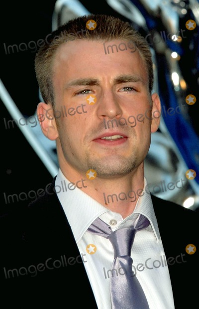 Photo - London Premiere of Fantastic Four The Rise of the Silver Surfer