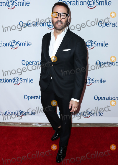 Photo - Operation Smiles Hollywood Fight Night 2019