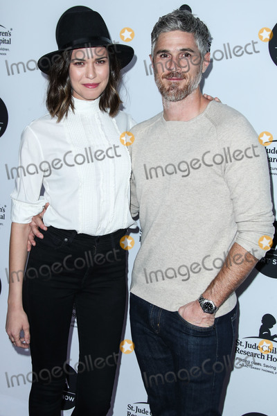 Photos From (FILE) Dave and Odette Annable Split After 9 Years of Marriage