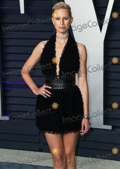 Azzedine Alaia Photo - BEVERLY HILLS LOS ANGELES CA USA - FEBRUARY 24 Model Karolina Kurkova wearing a Azzedine Alaia dress and Chloe Gosselin shoes arrives at the 2019 Vanity Fair Oscar Party held at the Wallis Annenberg Center for the Performing Arts on February 24 2019 in Beverly Hills Los Angeles California United States (Photo by Xavier CollinImage Press Agency)