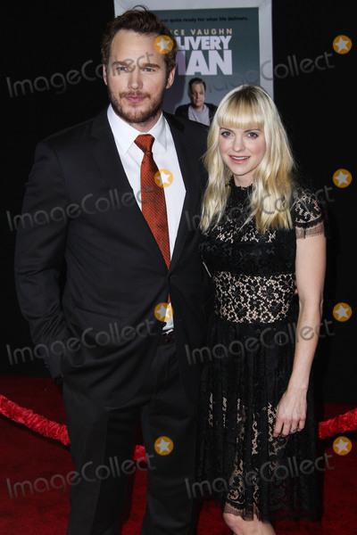 Photo - (FILE) Chris Pratt and Anna Faris Divorce Settlement Details Revealed