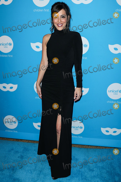 Photo - Sixth Annual UNICEF Masquerade Ball