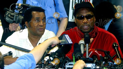 Emmanuel Steward Photo - Sd0608 Show Time and Hbo Presents the Lennox Lewis Vs Mike Tyson Fight Press Conference at the Pyramid Arena in Memphis Tennesse Photo Byjohn BarrettGlobe Photosinc 2002 Emmanuel Steward and Lennox Lewis