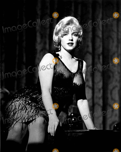 Photo - Marilyn Monroe Photo Byipol ArchiveGlobe Photos Inc