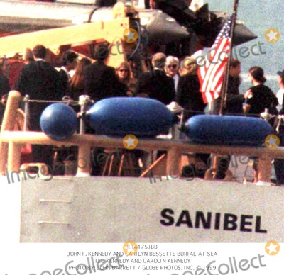 Photos and Pictures - John F  Kennedy and Carilyn Bessette