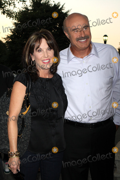 Photos and Pictures - -03-08 Dr Phil and Wife Celebrities at