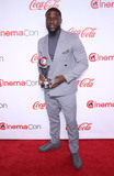 Kevin Hart Photo - 04 April 2019 - Las Vegas NV -  Kevin Hart 2019 CinemaCon Big Screen Achievement Awards Red Carpet at Caesars Palace Photo Credit MJTAdMedia