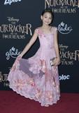 Ariana Greenblatt Photo 3