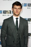 Alex Pettyfer Photo 3