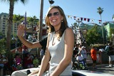 Andrea Parker Photo - Andrea Parker at the first day of the ABC Primetime Preview Weekend at Disneys California Adventure Anaheim CA 08-24-02