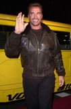 Arnold Schwarzenegger Photo -  Arnold Schwarzenegger at the premiere of Colunbia Tristars The 6th Day in Westwood 11-13-00