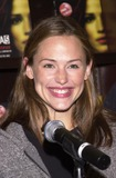 Alias Photo - Jennifer Garner at an in store appearance by the cast of ALIAS to help launch two new official books ALIAS Declassified and ALIAS Recruited Barnes  Noble The Grove Los Angeles CA 10-08-02