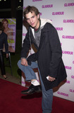 Ashton Kutcher Photo -  ASHTON KUTCHER at the Glamour Dont Party where fashion faux pas are  celebrated Norms Diner Hollywood 04-05-01