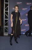 Alicia Silverstone Photo 3