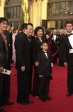 Ang Lee Photo -  ANG LEE and FAMILY at the 73rd Annual Academy Awards Shrine Auditorium Los Angeles 03-25-01