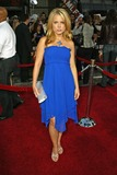 Allison Munn Photo - Allison Munn at the War of the Worlds Los Angeles Premiere Chinese Theater Hollywood CA 06-27-05