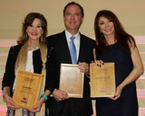 Adam Schiff Photo - Linda Blair Adam Schiff Cassandra Petersonat the 2nd Annual Waggy Awards to Benefit the Tailwaggers Foundation Taglyan Complex Hollywood CA 02-08-15