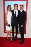 Brenda Strong Photo - Brenda Strong Zak Henri Tom Henriat the Blended Premiere Chinese Theater Hollywood CA 05-21-14