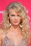Taylor Swift Photo 3