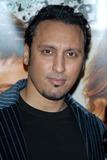 Aasif Mandvi Photo 3