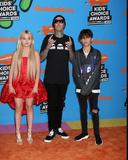 Alabama Photo - LOS ANGELES - MAR 24  Alabama Barker Travis Barker Landon Barker at the 2018 Kids Choice Awards at Forum on March 24 2018 in Inglewood CA