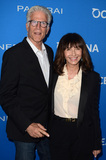 Mary Steenburgen Photo - LOS ANGELES - JUL 19  Ted Danson Mary Steenburgen at the Oceana Presents Sting Under The Stars at the Private Home on July 19 2016 in Los Angeles CA