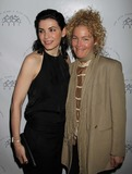 Amy Irving Photo 3