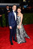 Alexi Ashe Photo - Photo by ESBPstarmaxinccomSTAR MAX2015ALL RIGHTS RESERVEDTelephoneFax (212) 995-11965415Seth Meyers and Alexi Ashe at the 2015 Costume Institute Benefit Gala - China Through The Looking Glass(Metropolitan Museum of Art NYC)