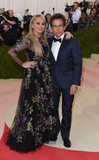 Christine Taylor Photo - Photo by KGC-301starmaxinccomSTAR MAX2016ALL RIGHTS RESERVEDTelephoneFax (212) 995-11965216Ben Stiller and Christine Taylor at Manus x Machina Fashion In An Age of Technology Costume Institute Gala(Metropolitan Museum of Art NYC)