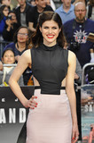Alexandra Daddario Photo 3