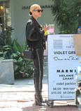 Hailey Baldwin Photo - Photo by SMXRFstarmaxinccomSTAR MAX2019ALL RIGHTS RESERVEDTelephoneFax (212) 995-119691119Hailey Baldwin is seen in Los Angeles CA
