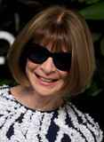 Anna Wintour Photo - Photo by Dennis Van TinestarmaxinccomSTAR MAX2017ALL RIGHTS RESERVEDTelephoneFax (212) 995-1196101617Anna Wintour at The 11th Annual Gods Love We Deliver Golden Heart Awards in New York City