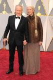Michael Mann Photo - Photo by GalaxystarmaxinccomSTAR MAXCopyright 2017ALL RIGHTS RESERVEDTelephoneFax (212) 995-119622617Michael Mann and Summer Mann at the 89th Annual Academy Awards (Oscars)(Hollywood CA USA)