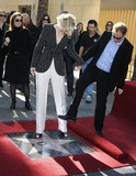 Andrew Upton Photo - Photo by NPXstarmaxinccom200812508Cate Blanchett with her husband Andrew Upton receives her star on the Hollywood Walk of Fame(Hollywood CA)Not for syndication in France