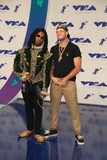 Redman Photo - Photo by gotpapstarmaxinccomSTAR MAX2017ALL RIGHTS RESERVEDTelephoneFax (212) 995-119682717Redman and Jayceeoh at The 2017 MTV Video Music Awards in Los Angeles CA