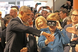 Angela Merkel Photo - US-President BARACK OBAMA and German chancellor ANGELA MERKEL testing virtual reality goggles when touring the Hannover Messe Hannover 25042016