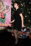 Ann Magnuson Photo - Ann Magnuson Arriving at Annual Toy Drive For St Jude Childrens Research Hospital at David Barton Gym in New York City on 12-11-2007 Photo by Henry McgeeGlobe Photos Inc 2007