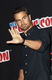 Theo James Photo - October 7 2016 New York CityActor Theo James made an appearance at NY Comic Com on October 7 2016 in New York CityBy Line Nancy RiveraACE PicturesACE Pictures IncTel 6467670430