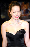 Anna Popplewell Photo - Actress Anna Popplewell arriving at The Chronicles Of Narnia The Voyage Of The Dawn Treader Royal Film Performance 2010 at Odeon Leicester Square on November 30 2010 in London England