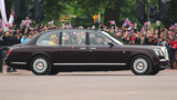 Elizabeth II Photo 3