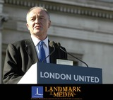 Ken Livingstone Photo - London The Mayor of London Ken Livingstone speaking at Trafalgar Square exactly one week after the terrorist bomb attacks on LondonProminent Londoners different communities and Londons representatives of the citys transport and emergency services join the mayor paying tribute to the victims to the work of the emergency services and to London through a series of readings and poems14 July 2005Ali KadinskyLandmark Media