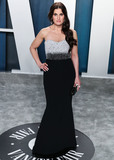 Idina Menzel Photo - BEVERLY HILLS LOS ANGELES CALIFORNIA USA - FEBRUARY 09 Singer Idina Menzel arrives at the 2020 Vanity Fair Oscar Party held at the Wallis Annenberg Center for the Performing Arts on February 9 2020 in Beverly Hills Los Angeles California United States (Photo by Xavier CollinImage Press Agency)