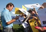 Nick Faldo Photo - Nick Faldo Signs Autographs 37th Ryder Cupvalhalla 37th Ryder Cup Valhalla Kentuckyusa Valhalla Golf Club Louisville Kentucky USA 18 September 2008 Dic11731 Photo by Richard Sellers-allstar-Globe Photos Inc 2008