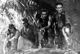 Carl Weathers Photo - Sonny Landham Carl Weathers Arnold Schwarzenegger and Richard Chaves in  Predator 1987 Supplied by Globe Photos Inc