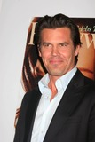Josh Brolin Photo 3