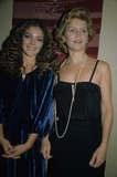 Lee Remick Photo - Amy Irving Lee Remick K31661psc Photo by Paul Schmulbach-Globe Photos Inc